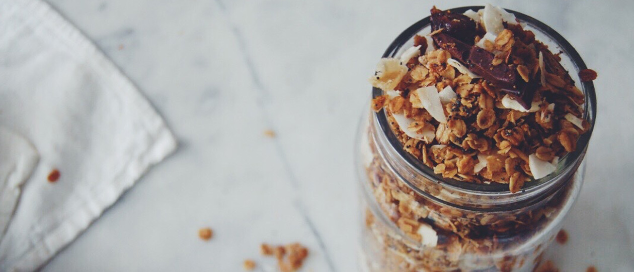 Sticky-Date-and-Ginger-Granola