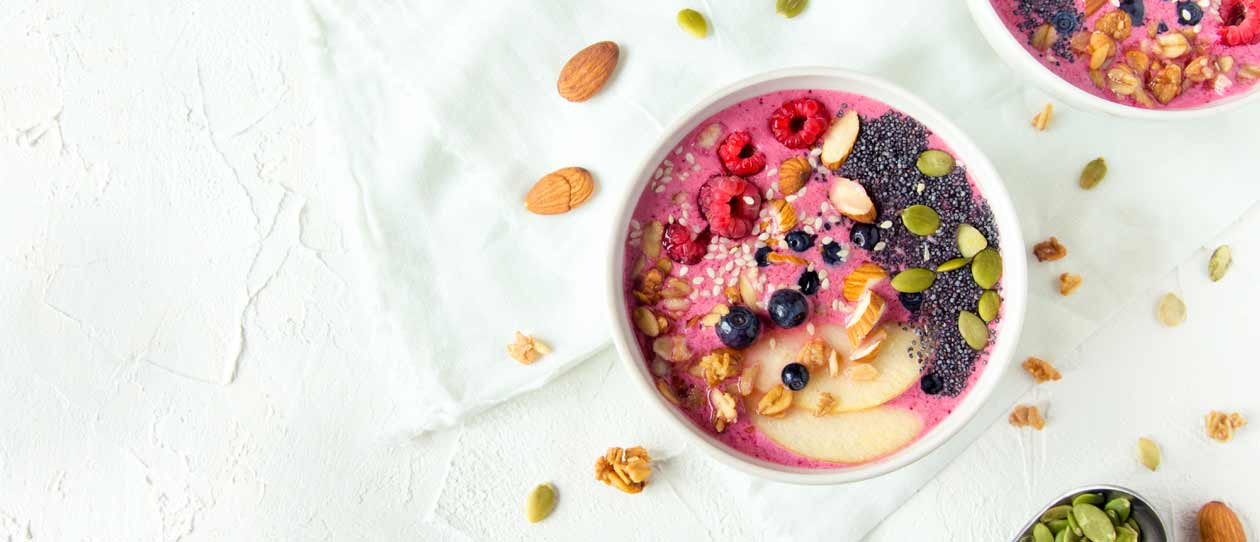 Banana, berry and yoghurt smoothie bowl by CSIRO Healthy Gut Diet