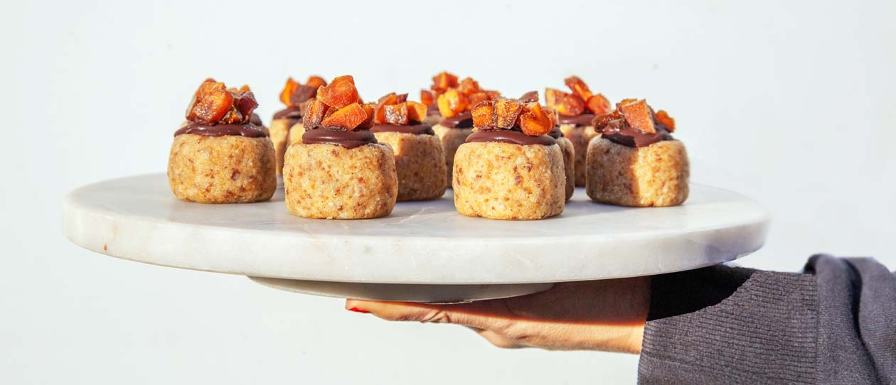 No-bake apricot coconut & date biscuits - refined sugar, dairy and gluten free