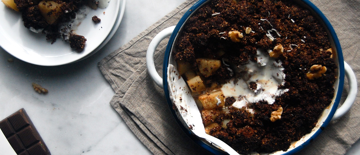 Pear ginger and dark chocolate crumble